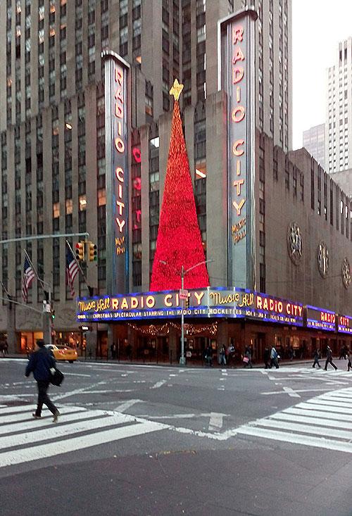 Radio City New York and Christmas Decoration